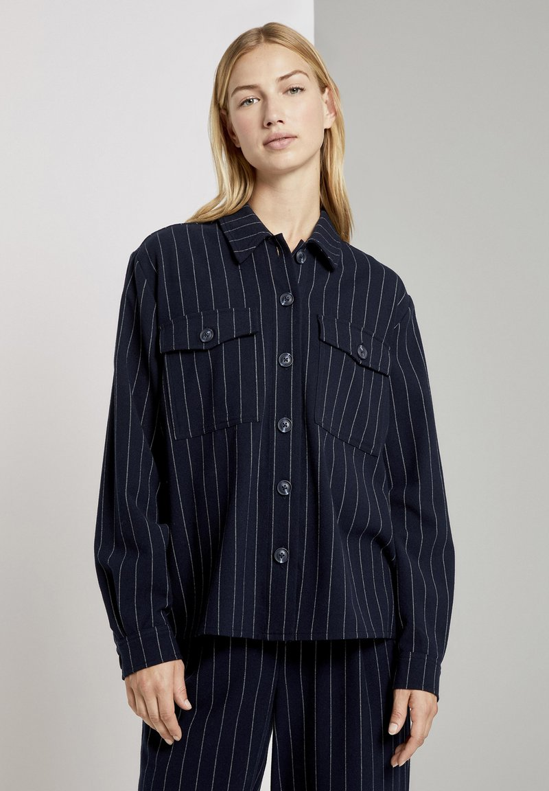 TOM TAILOR DENIM - Overhemdblouse - navy pinstripe