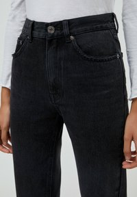 PULL&BEAR - MOM - Relaxed fit jeans - black - 4