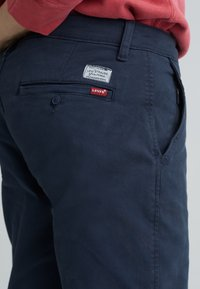 Levi's® - XX CHINO SLIM FIT II - Chinosy - baltic navy shady - 4