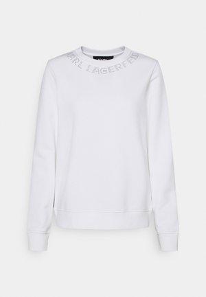 RHINESTONE LOGO NECK - Sweatshirt - white