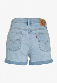 Levi's® - MOM A LINE  - Jeans Short / cowboy shorts - tables turned - 1