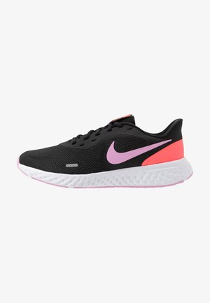 REVOLUTION 5 - Zapatillas de running neutras - black/beyond pink/flash crimson