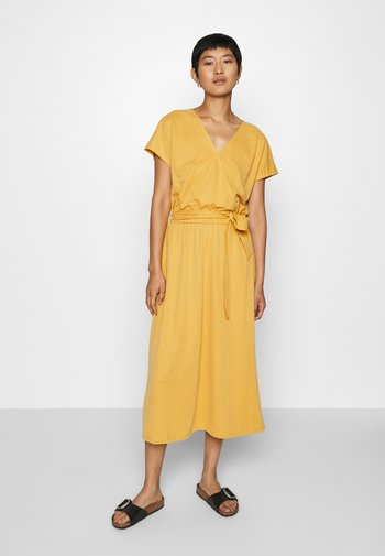 Day dress - goldgelb