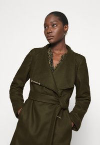 Ted Baker - ROSE - Classic coat - olive - 3