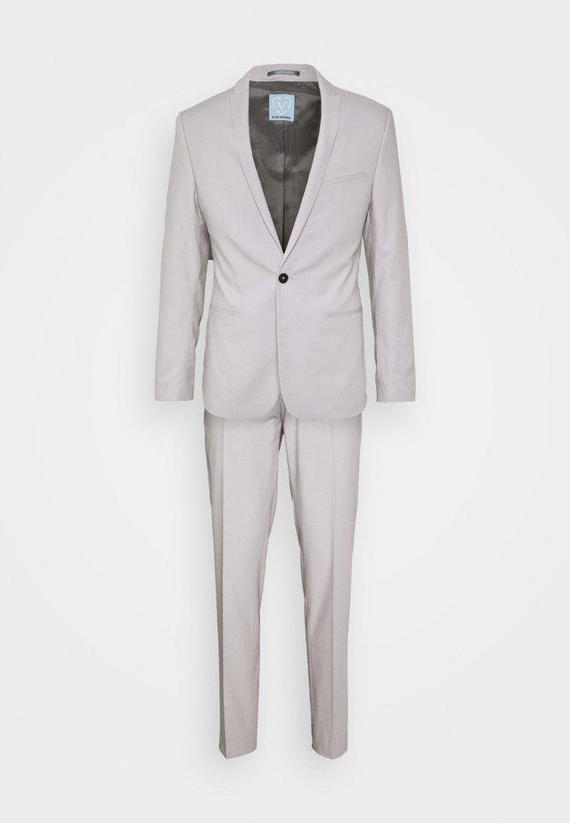 GOTHENBURG SUIT - Kostym - pale grey