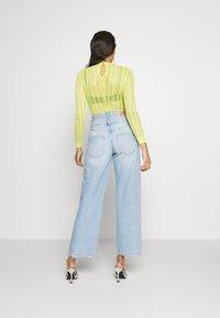 Pepe Jeans - DUA LIPA x PEPE JEANS - Flared Jeans - light-blue denim - 2