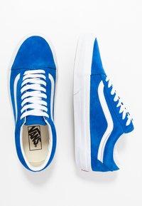 Vans - OLD SKOOL - Trainers - princess blue/true white - 1