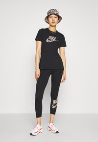 Nike Sportswear - PACK - Leggings - Trousers - black - 1