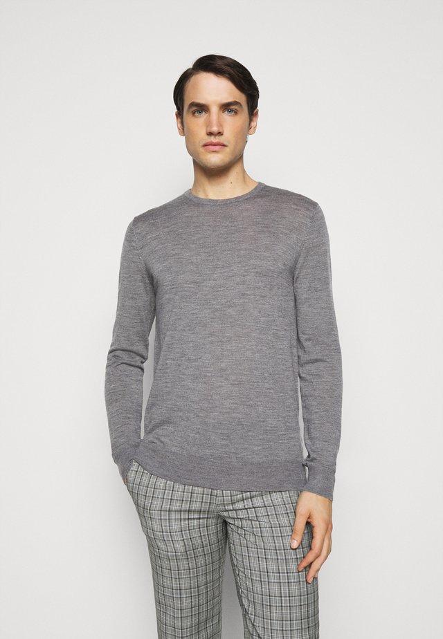 NICHOLS - Pullover - grey