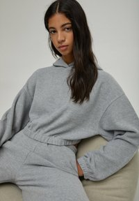 PULL&BEAR - Sweat à capuche - grey
