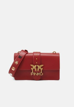 LOVE CLASSIC ICON - Across body bag - ruby red