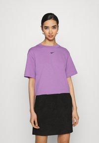 Nike Sportswear - Basic T-shirt - violet shock/black - 0