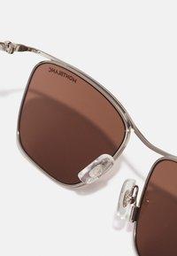 Mont Blanc - UNISEX - Sunglasses - silver-coloured/brown - 2