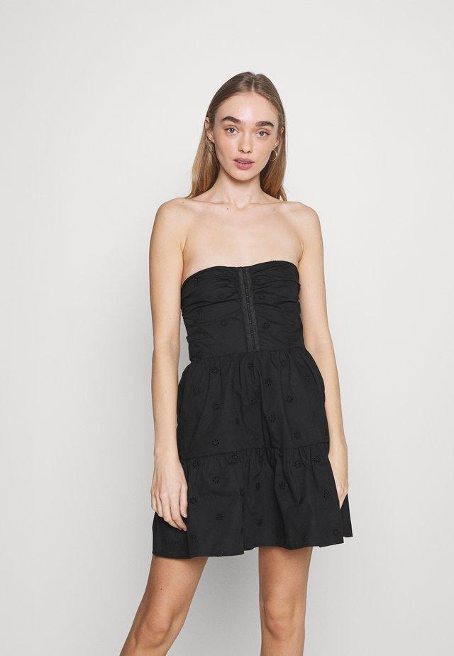 TEASE DRESS - Sukienka koktajlowa - black