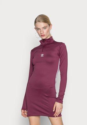 DRESS - Jersey dress - victory crimson