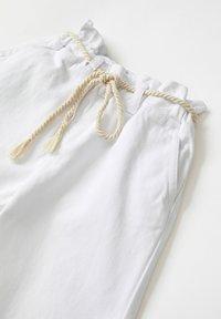 DeFacto - Spodnie materiałowe - white - 2