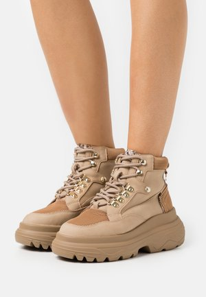 Lace-up ankle boots - beige/light