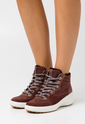 SOFT 7 WEDGE TRED - Ankle boot - brown