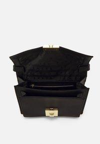 Ted Baker - KAYLEEA LUGGAGE LOCK XBODY BAG - Across body bag - black - 2