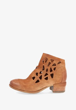 Ankle boot - calvados