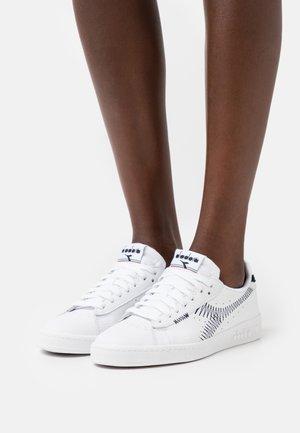 GAME ZIG ZAG - Sneakers laag - optical white/black