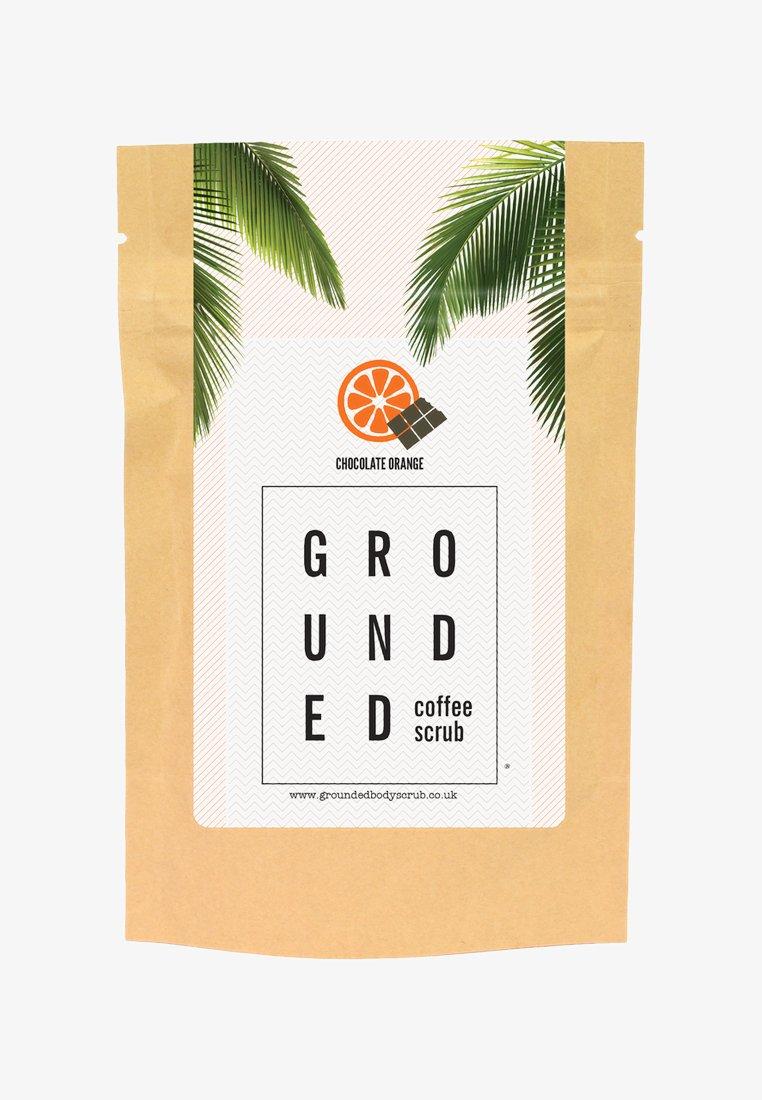 Grounded - BODY SCRUB 200G - Body scrub - chocolate orange