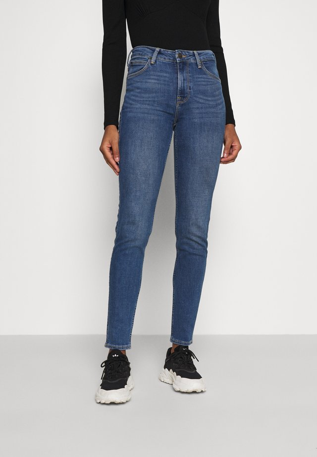 SCARLETT HIGH - Jeansy Skinny Fit - mid worn martha