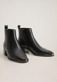 Mango - MINUTE - Classic ankle boots - schwarz - 2