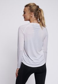 Hummel - VANJA  - Long sleeved top - white - 2