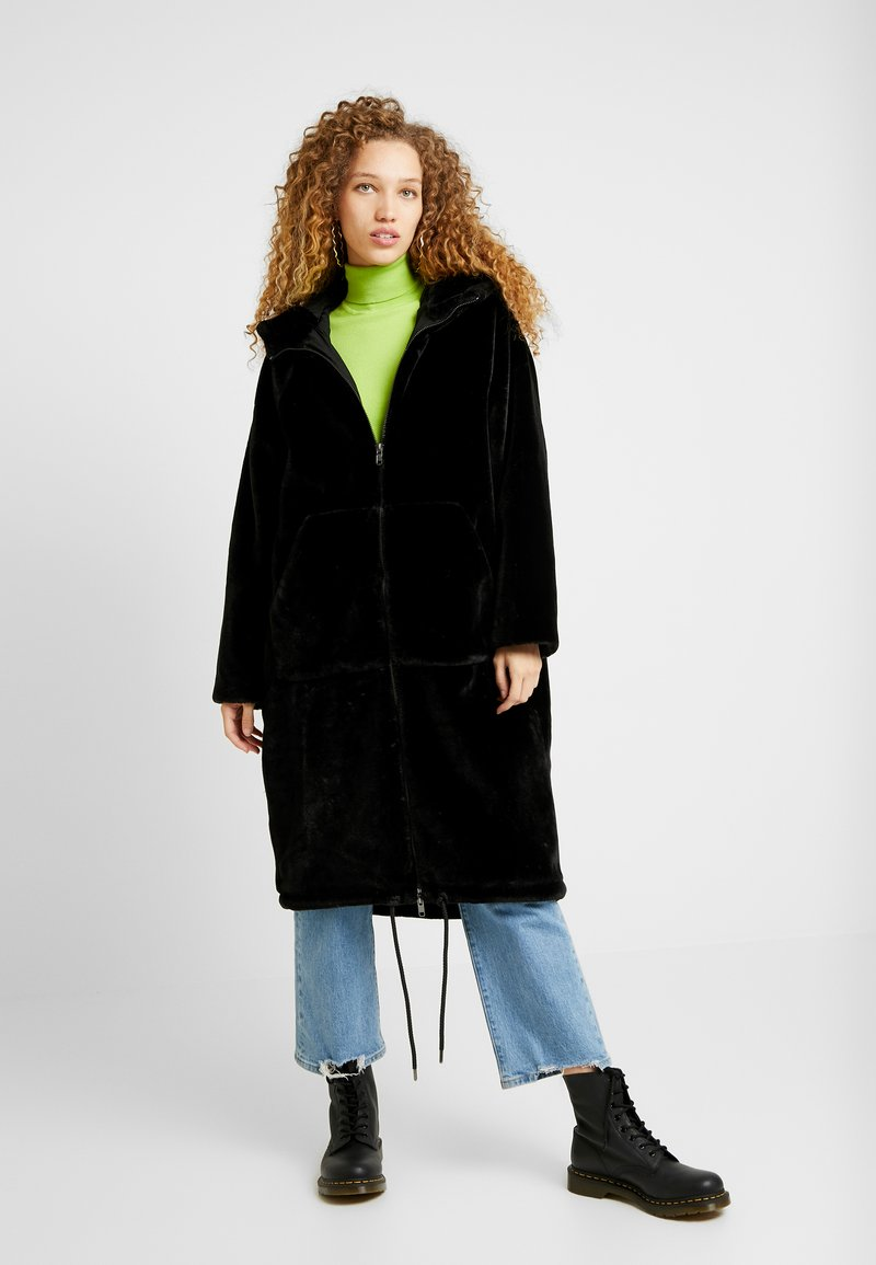 Monki - JONNA COAT - Vinterjakke - black dark