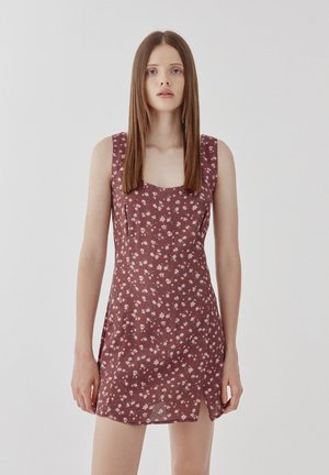 Day dress - dark red