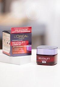 L'Oréal Paris Skin - REVITALIFT LASER X3 TAG 50ML - Face cream - - - 1