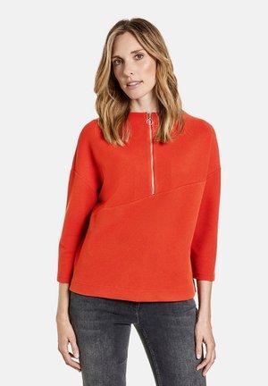 Long sleeved top - orange