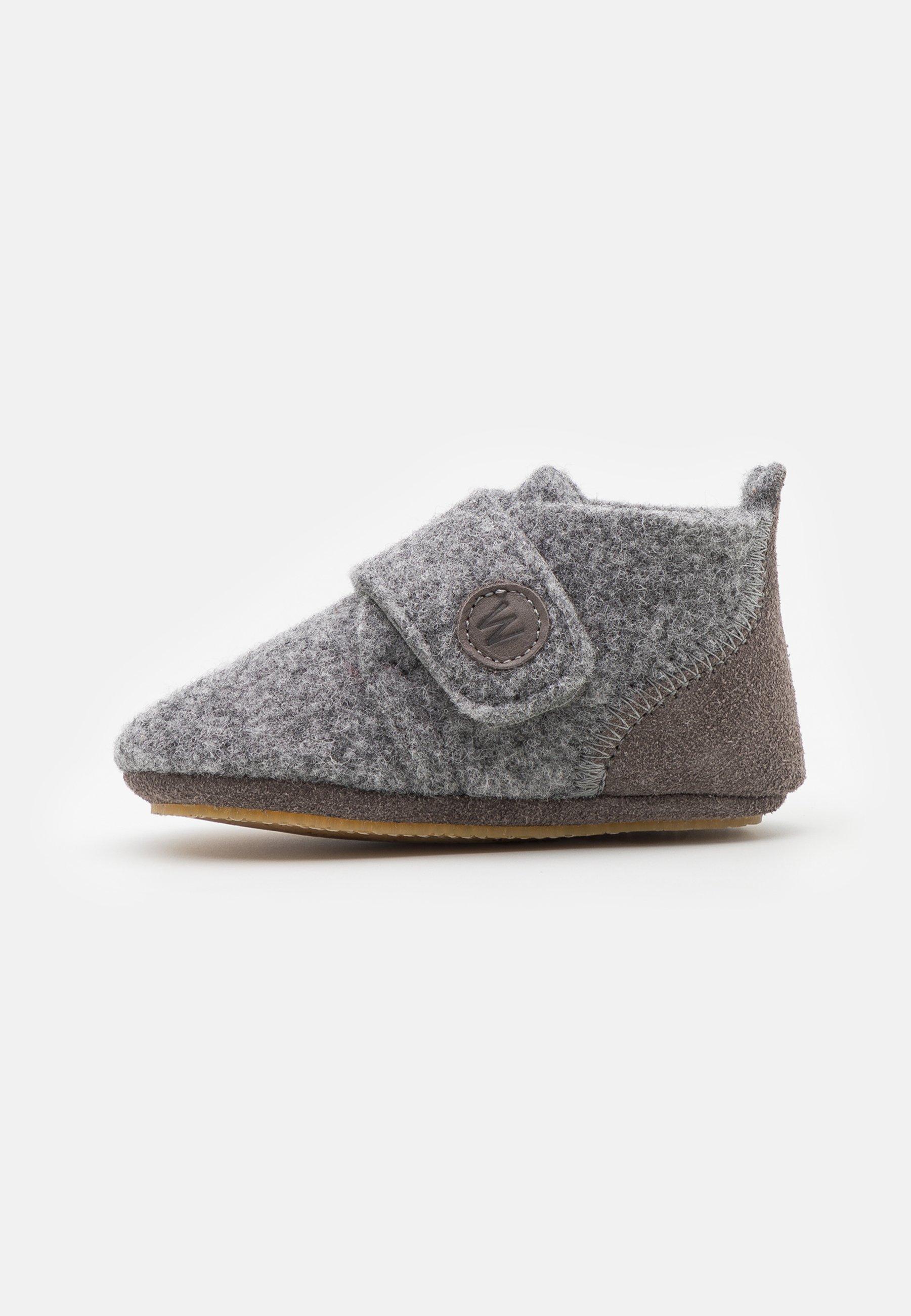 Kids CHRIS HOME SHOE UNISEX - Hiking shoes