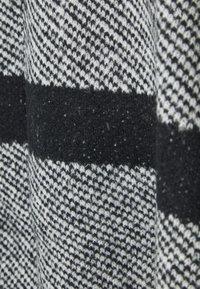 Marks & Spencer London - COLLAR DESIG - Poncho - black - 2