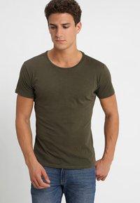 Key Largo - MILK - Basic T-shirt - olive - 0