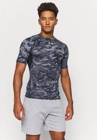 Under Armour - Print T-shirt - black - 0