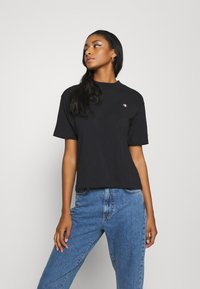 Champion Reverse Weave - Print T-shirt - black - 4