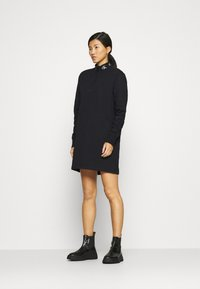 Calvin Klein Jeans - LOGO TRIM MOCK NECK ZIP DRESS - Day dress - black - 1