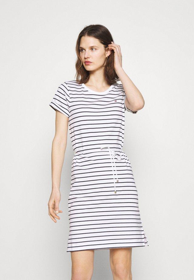 COOL SHIFT SHORT DRESS  - Sukienka z dżerseju - white/sky