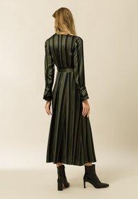 IVY & OAK - Day dress - dark olive - 1