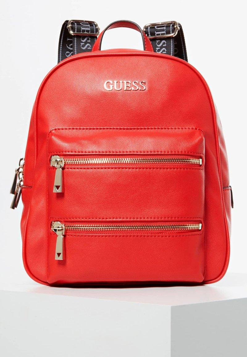 Guess - GROSSER - Zaino - red