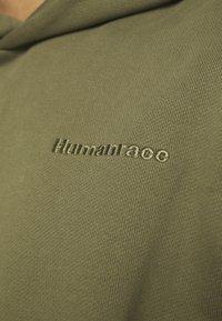 adidas Originals - BASICS HOODIE UNISEX - Sweatshirt - olive - 3