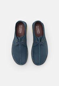 Clarks Originals - DESERT TREK - Casual lace-ups - blue - 3