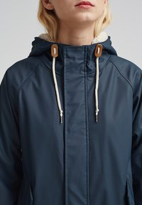 Derbe - TRAVEL COZY FRIESE - Waterproof jacket - navy - 4
