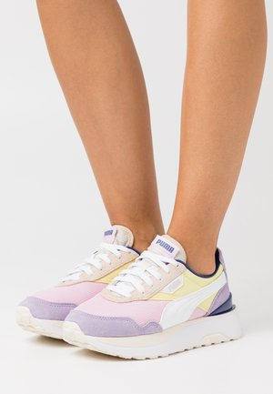 CRUISE RIDER SILK ROAD - Sneaker low - pink lady/yellow pear