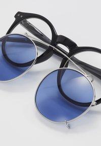 Jack & Jones - JACPUNK SUNGLASSES - Sunglasses - black - 2