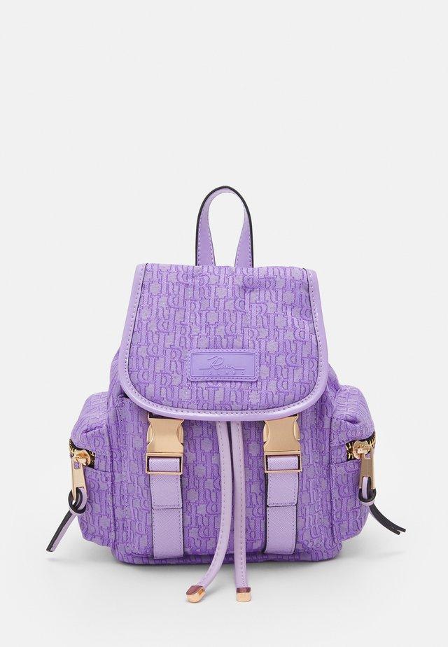 Batoh - purple bright