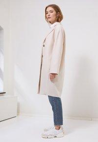 Marc O'Polo - SINGLE BREASTED - Classic coat - natural white - 1