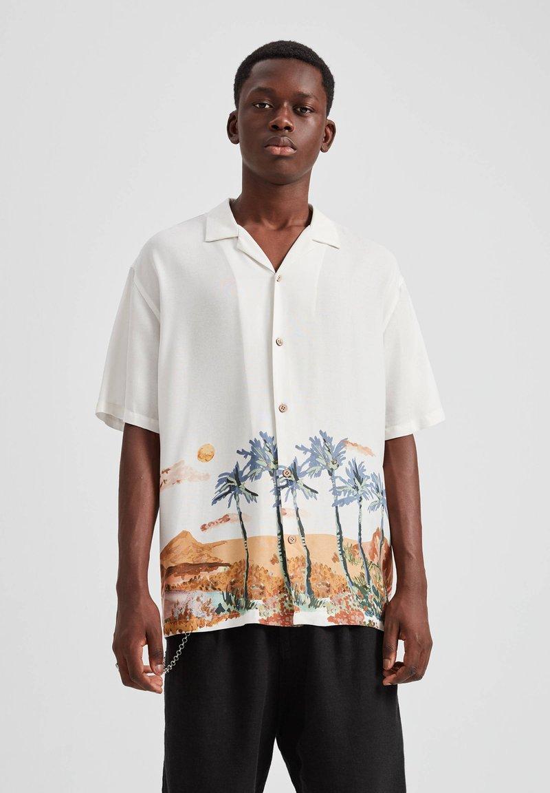 PULL&BEAR - Overhemd - off-white
